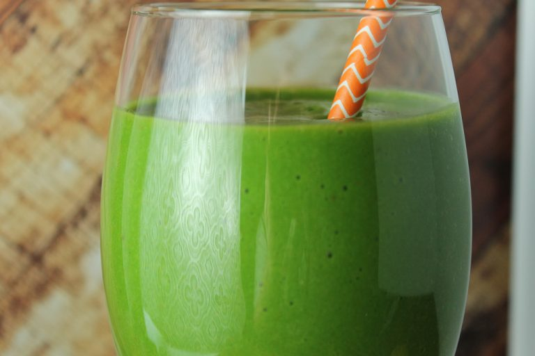 orange-kale-smoothie